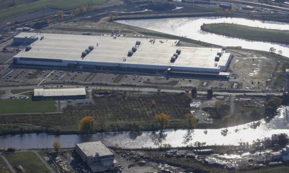 Tesla-SolarCity-factory-riverbend-buffalo-new-york-aerial-1000x600.jpg