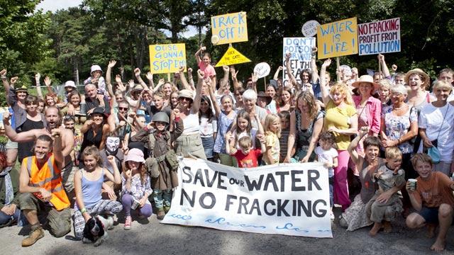 Anti-Fracking-Protest-016.jpg