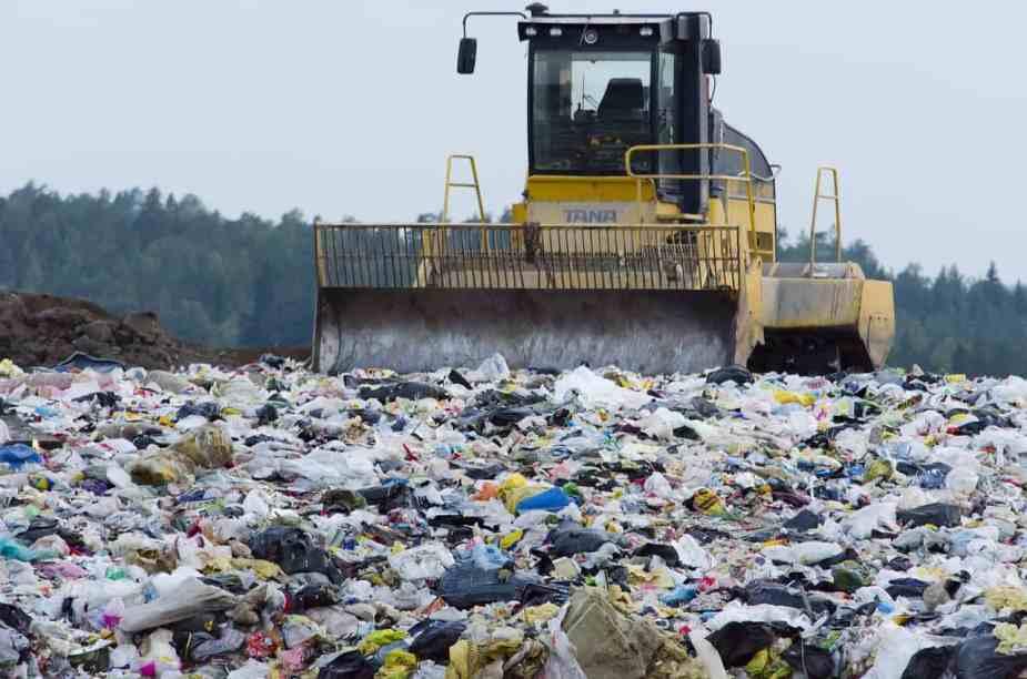 landfill-879437_1280